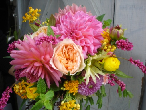 Bouquet detail - Gorgeousness in Peaches, Pinks, and Yellows