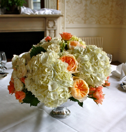 Hydrangea & Garden Rose Table Design